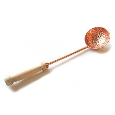 Ковш Premio медный, с деревянной ручкой